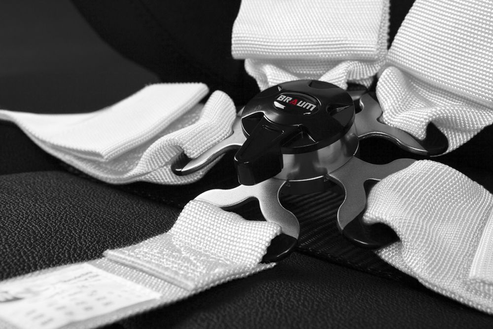 Braum White 5 Point 3 Inch SFI 16.1 Racing Harness BRH-WHS5, Additional Image 3