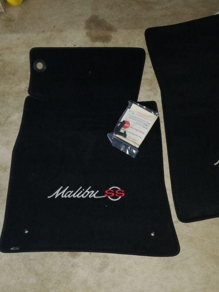 Lloyd Mats Velourtex Black Front Floor Mats For Chevrolet Malibu, Mat