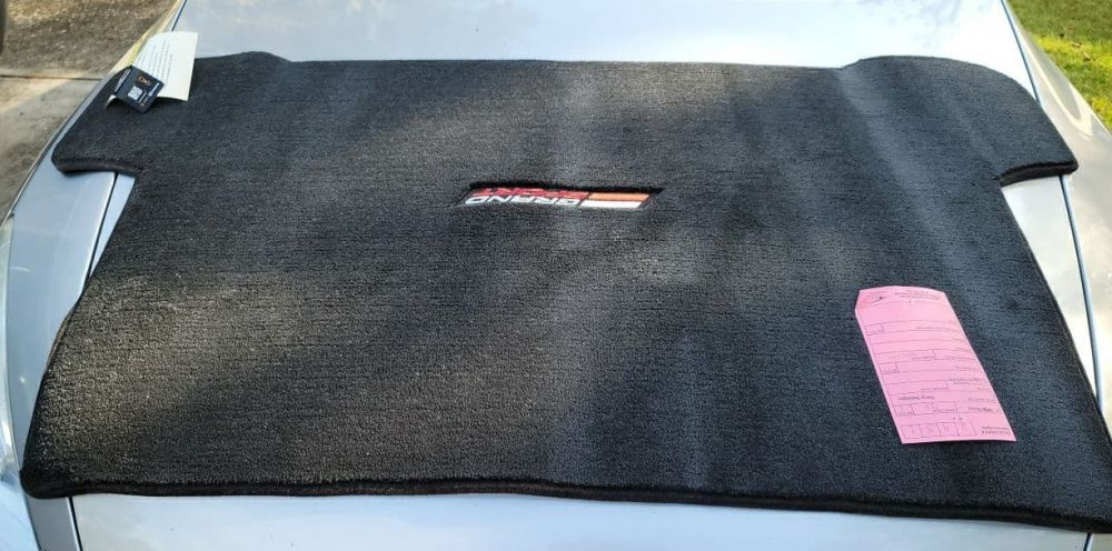 Lloyd ® - Ultimat™ Ebony Custom Trunk Mat For Chevrolet Corvette C7 Convertible 2014-19 With Silver and Red Grand Sport Logo