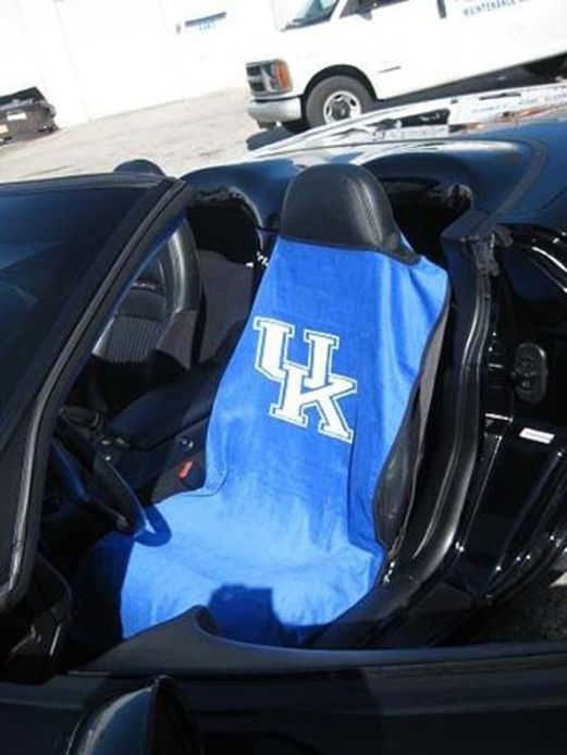 Seat Armour Blue Towel Seat Cover with NCAA Kentucky Wildcats Logo - Inside Car View